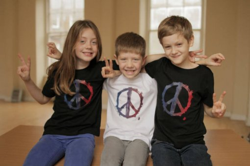 Kids T-shirts Peace Black and White